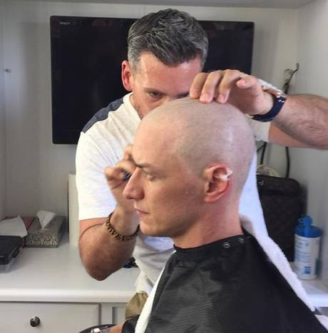 From Bryan Singers Instagram @bryanjaysinger: James McAvoy getting into character for X-Men Apocalypse