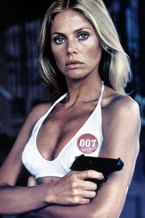 54bbd971959cc_-_hbz-bond-girls-1974-britt-ekland
