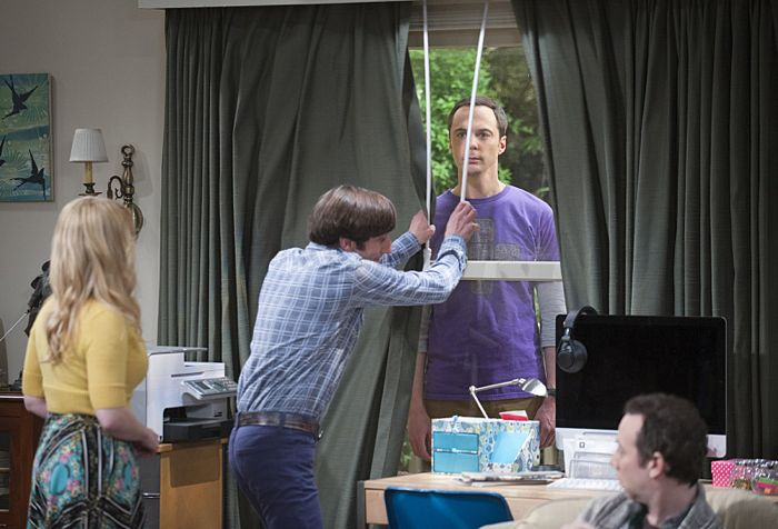 """The Matrimonial Momentum"" -- Sheldon  doesn't know how to act after Amy pushes pause on their relationship, on the ninth season premiere of THE BIG BANG THEORY, Monday, Sept. 21 (8:00-8:31 PM, ET/PT), on the CBS Television Network. Pictured left to right: Melissa Rauch, Simon Helberg, Jim Parsons and Kevin Sussman Photo: Neil Jacobs/CBS ©2015 CBS Broadcasting, Inc. All Rights Reserved"