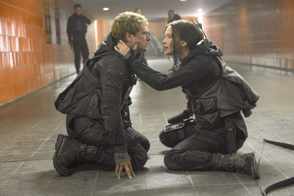 mockingjay-part-2-is-a-stunning-conclusion-to-the-hunger-games-with-heart-it-provides-th-719687
