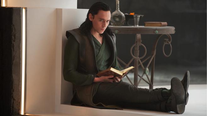 Thor The Dark World Tom Hiddleston Loki